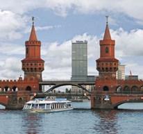 Experience Berlin from the water with Stern und Kreisschiffahrt!