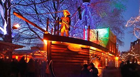 Christmas market and Schlachte-Zauber (December)