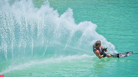 Water ski & Wakeboard School-Speed boat excursion