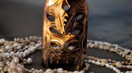 Kauai Carver
