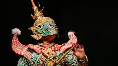 Sala Chalermkrung Theatre: Khon Masked Dance