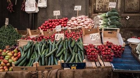 Fera 'o Luni - Carlo Alberto Square Market