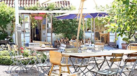 Mölle Krukmakeri and Café
