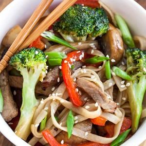Udon noodles / Ekaterina Smirnova/Shutterstock.com