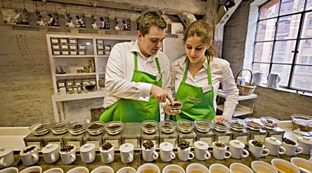 Tea and Coffee tasting in Speicherstadt