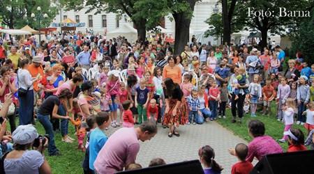 """""""Kalaka"""" (Children's) Festival"""
