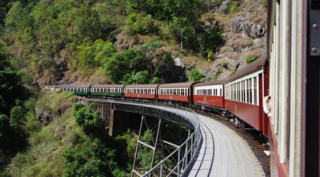 Kurunda Scenic Railway & Skyrail Rainforest Cableway