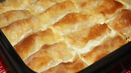 ŠTRUKLIJADA (CHEESE CAKE FEAST)