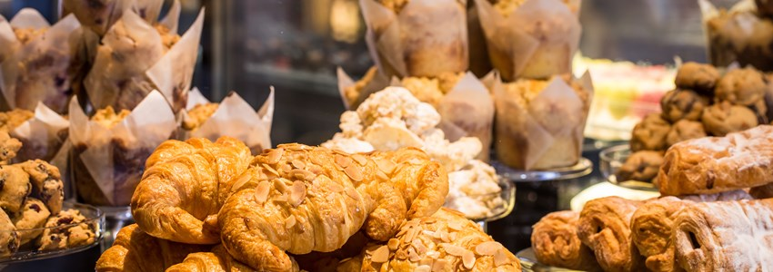 Croissant & bakery - This is the daily breakfast in France restaurant