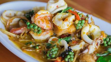 Laem-Thong Restaurant