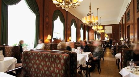 Café Landtmann beim Burgtheater