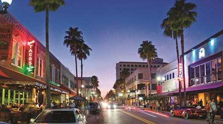 West Palm Beach - Clematis Street