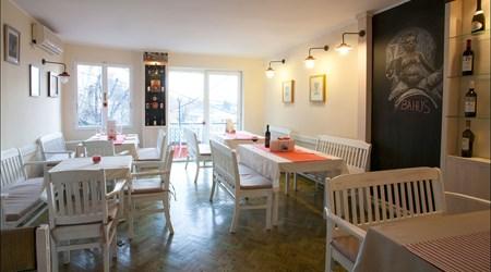 Mezze Cafe & Restaurant