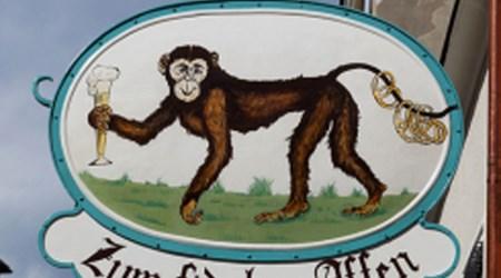 Zum fidelen Affen