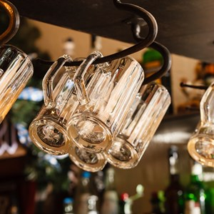 beer glasses / Shebeko/Shutterstock.com
