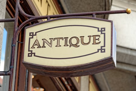 Antiques-and-Art