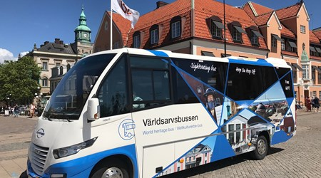 "The World Heritage Sightseeingbuss ""hop-on hop-off"""