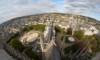 Vue sur l'Hotel de Ville de Rouen