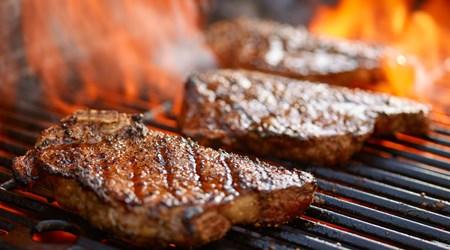 Cardo's Steakhouse