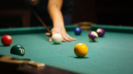 Harry's Pool Bar