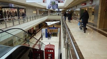 Cuatro Caminos Centro Comercial