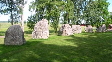 Askeberga – Stone setting