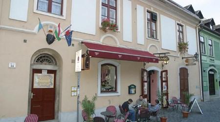 Görög Kávézó és Afrodité Apartman