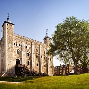 Tower of London / Justin Black/Shutterstock.com
