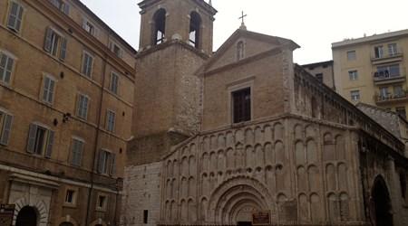 Chiesa Santa Maria Della Piazza