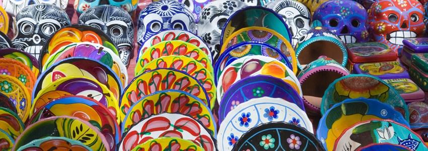 Mexico. Souvenir bench. Plate and mask.