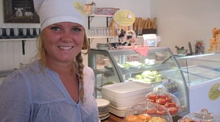 Bondens Glasskalas - Ice Cream Café