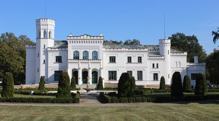 Będlewo Palace and Conference Center