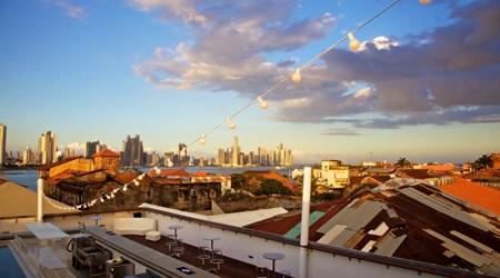 Encima Rooftop Bar at Tantalo Hotel