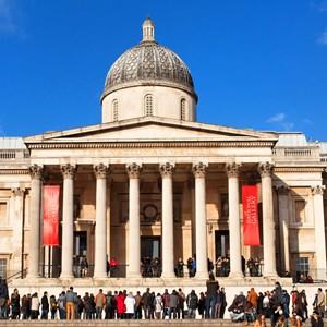 National gallery and Trafalgar Square / Cedric Weber/Shutterstock.com