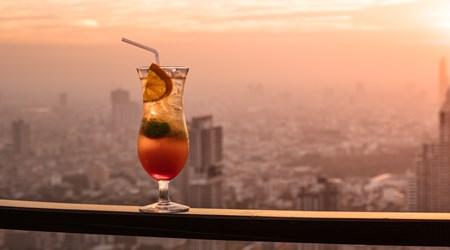 Sky Deck View Bar