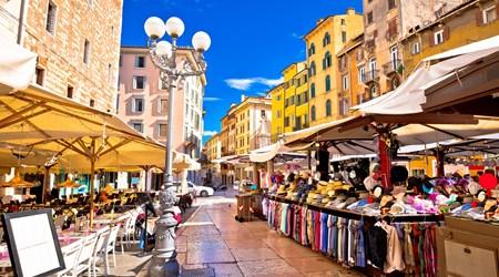 Piazza delle Erbe - Market