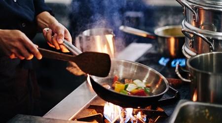 Flavours of Fiji Cooking School