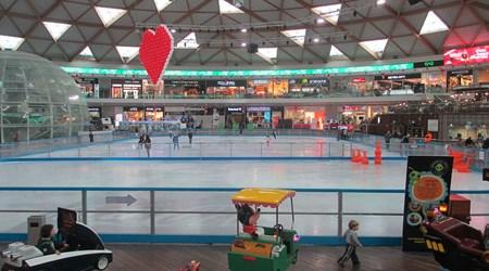 Ice Park Mall