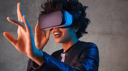 Virtual Reality and Gin&Tonic Bar