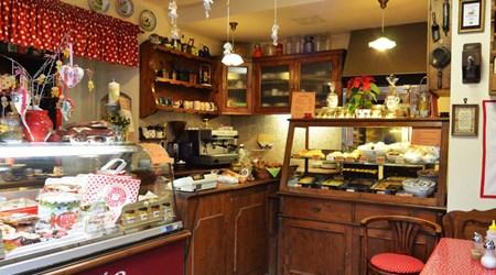 Pöttyös Café