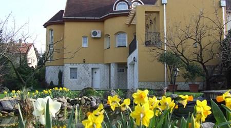 Abbázia Guesthouse