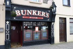 Bunkers Bar and Restaurant