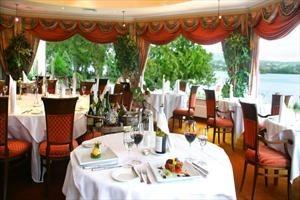 Harveys Point Restaurant