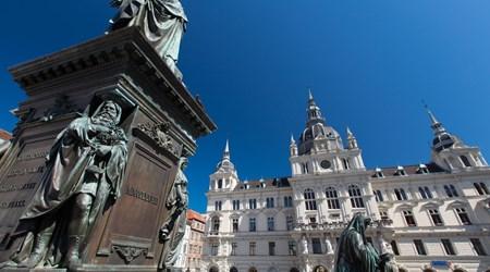 Main Square & City Hall