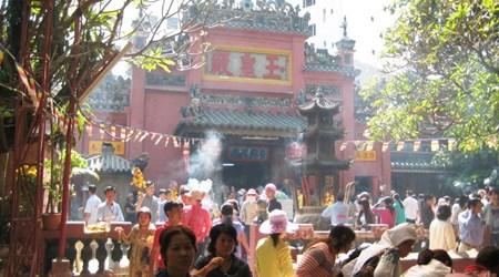 Emperor Jade Pagoda (den Ngoc Hoang)