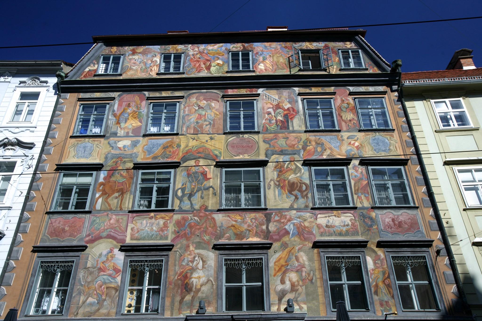 Gemaltes Haus Graz Arrivalguides