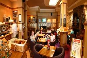 Lohan's Café Bar & Restaurant