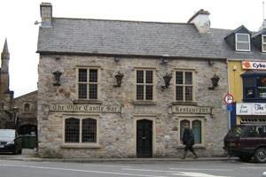 Olde Castle Bar
